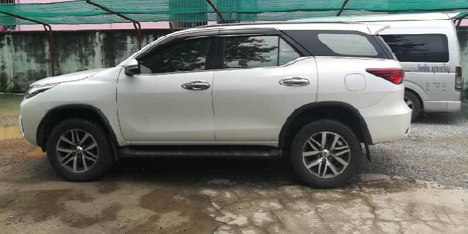SUV Toyota Fortuner from Bangkok to Pattaya trip